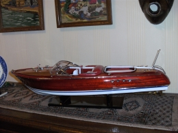 SPEEDBOAT in hout en leder, groot model